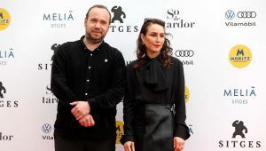 Valdimar Jóhannson y Noomi Rapace, director y protagonista de Lamb, la ganadora del premio a la mejor película del Festival de Sitges