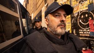 Roberto Álamo es uno de los protagonistas de la serie Antidisturbios