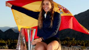 Paula Badosa con el titulo de Indian Wells