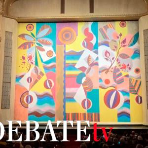 Un mural de Beatriz Milhazes decora desde hoy el telón de la Ópera de Viena