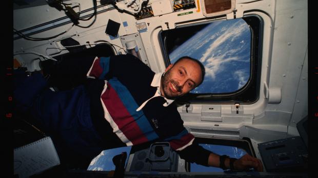 El primer astronauta italiano en viajar al espacio, Franco Malerba, habla sobre Ciencia y Fe