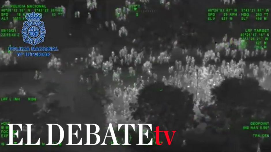 Las imágenes aéreas del macrobotellón de Madrid desde el helicóptero de la Policía