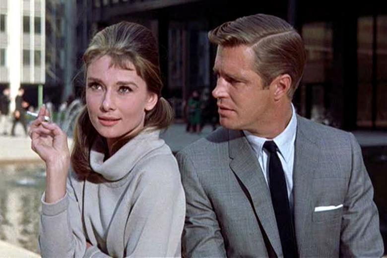 Audrey  y George Peppard en Desayuno con diamantes