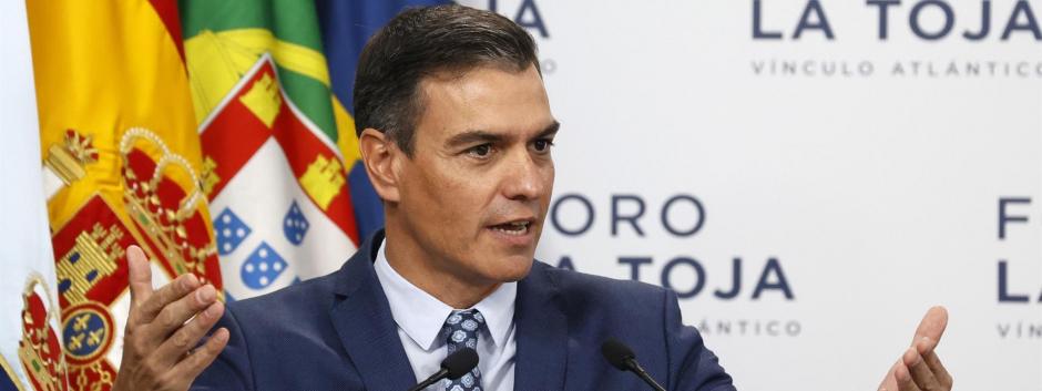 Pedro Sánchez, debatiendo en el Foro La Toja 2021