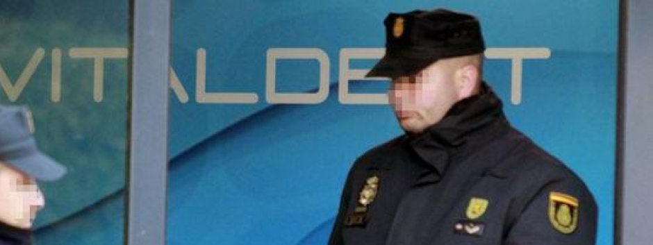 La Policía entró en las oficinas de Vitaldent en febrero de 2016