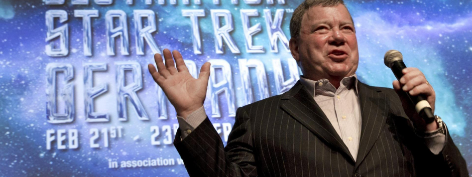 William Shatner se apunta a la carrera espacial junto a Jezz Bezos