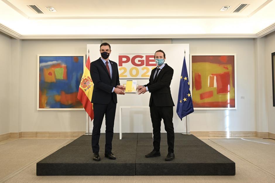 Sánchez e Iglesias en el pacto presupuestario.