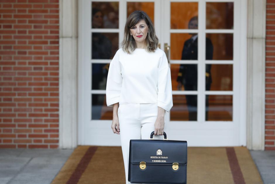 Yolanda Diaz llegando al Palacio de la Moncloa