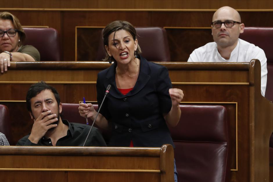 Yolanda Díaz durante una sesión parlamentaria en 2018.