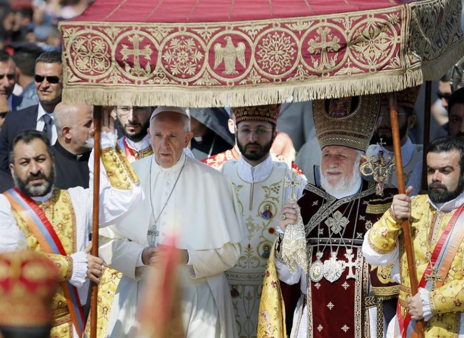 El Papa Francisco durante su visita a Armenia en 2016